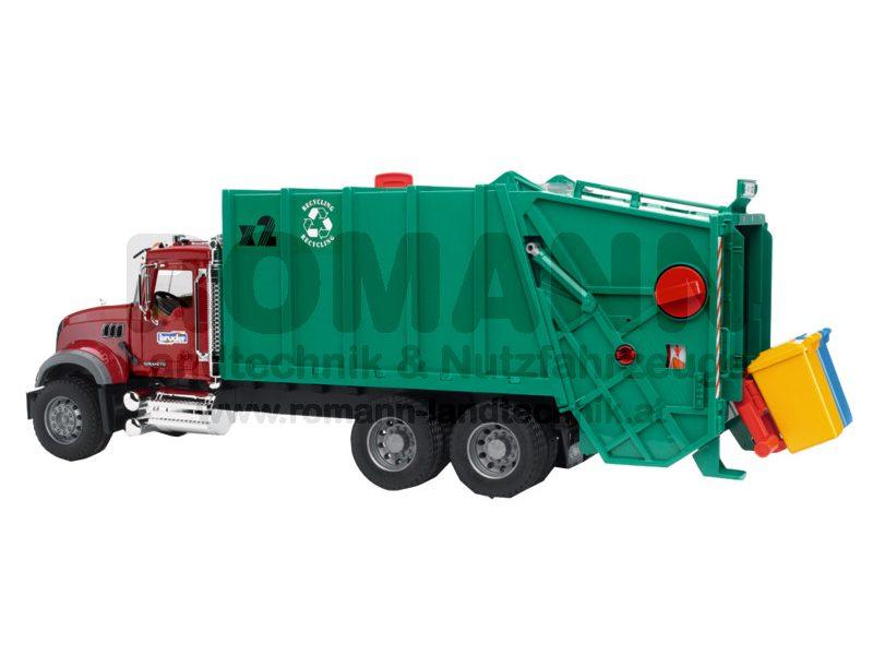 MACK Granite Müll-LKW (rubinrot-grün)