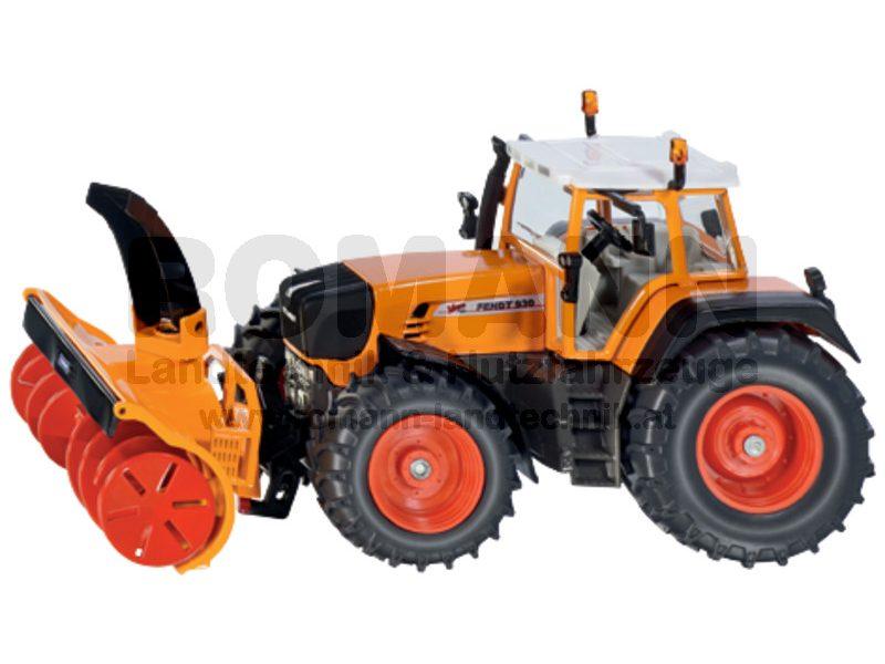 Fendt Traktor mit Schneefräse